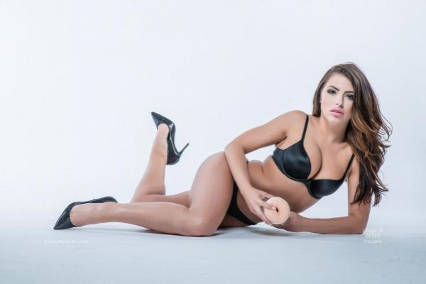 Adriana Chechik Photoshoot Image 6
