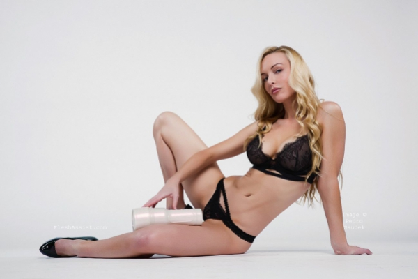 Kayden Kross Photoshoot Image 6