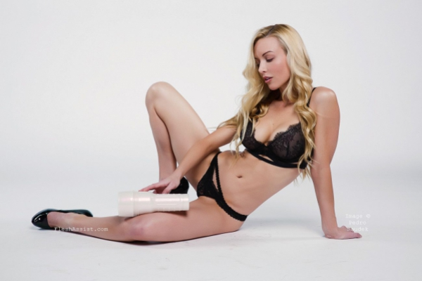 Kayden Kross Photoshoot Image 10