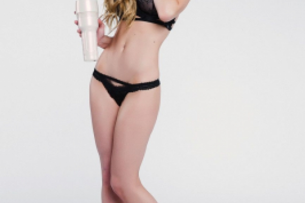 Kayden Kross Photoshoot Image 19