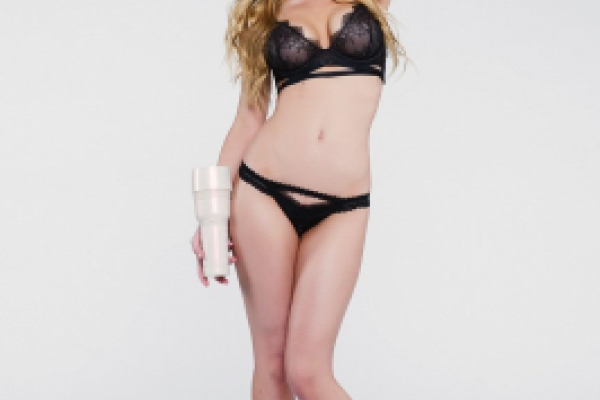 Kayden Kross Photoshoot Image 31