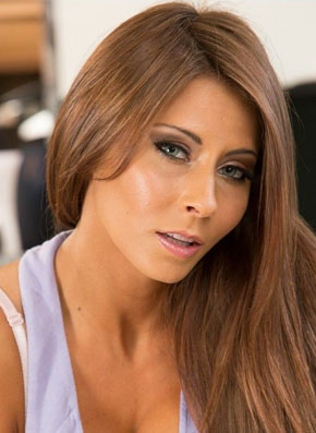 Madison Ivy's Headshot